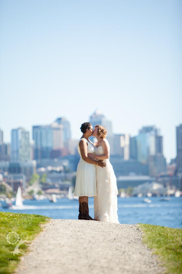Kathryn And Jennifer Fun Seattle Wedding Photography