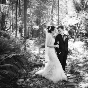 Seattle outdoor wedding photographer
