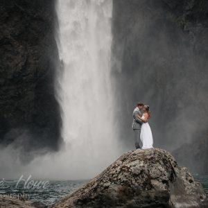 Snoqualmie Falls elopement photography