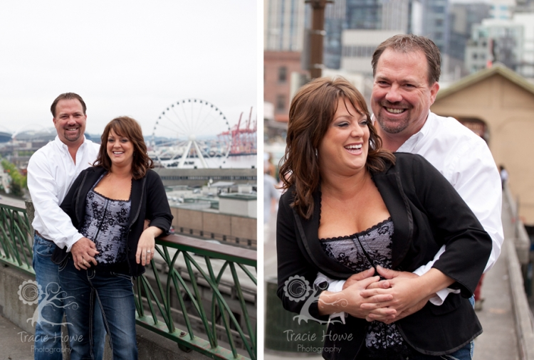 Couple at Pike Place Market photo session