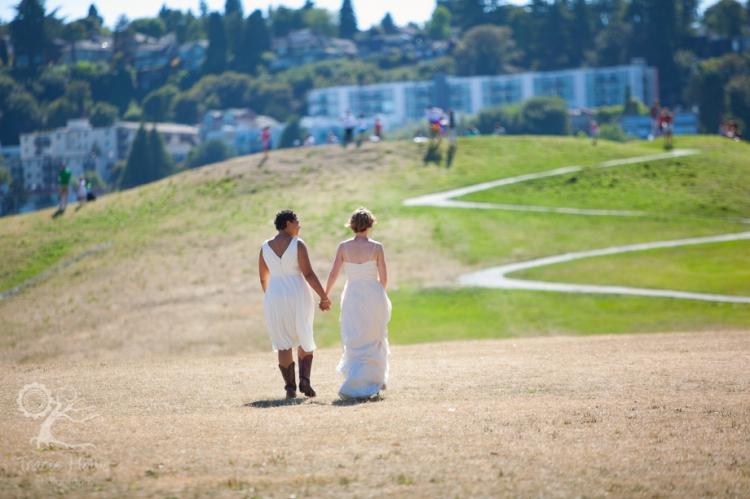 Seattle gay weddings Gasworks Park