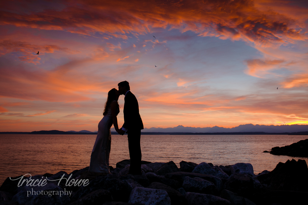 Adventurous Seattle wedding photography prices