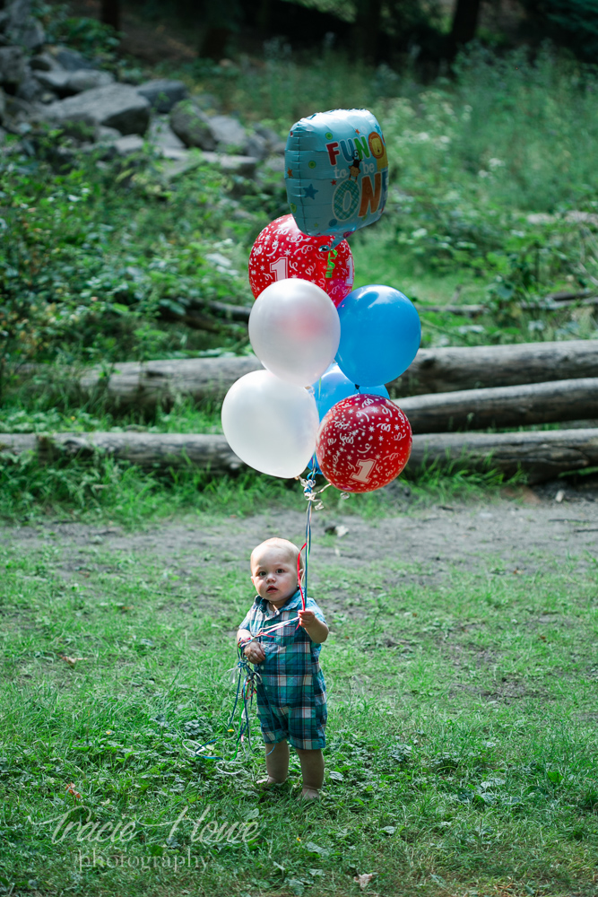 A wild 1st birthday shoot started off with the serene moment.