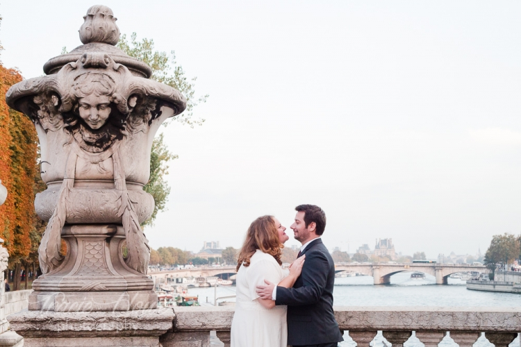Paris wedding photos at Pont Alexander III bridge
