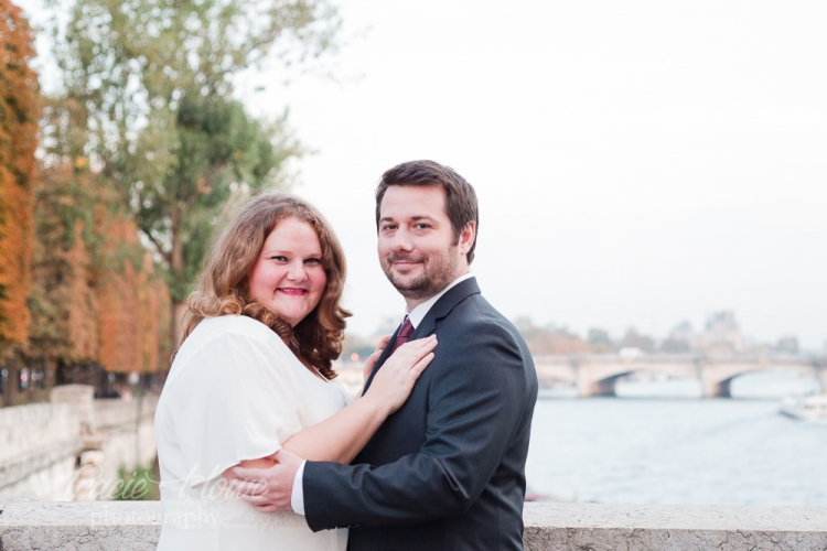 Paris wedding photos at Pont Alexander III bridge